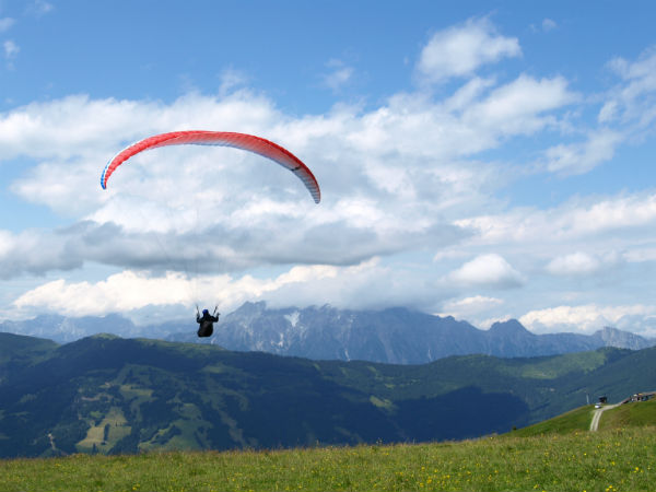 Hang Gliding Adventure Travel Safety Tips MF